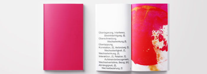 Eine Visualisierung zwischenmenschlicher energetischer Interferenzen durch Form und Farbe.